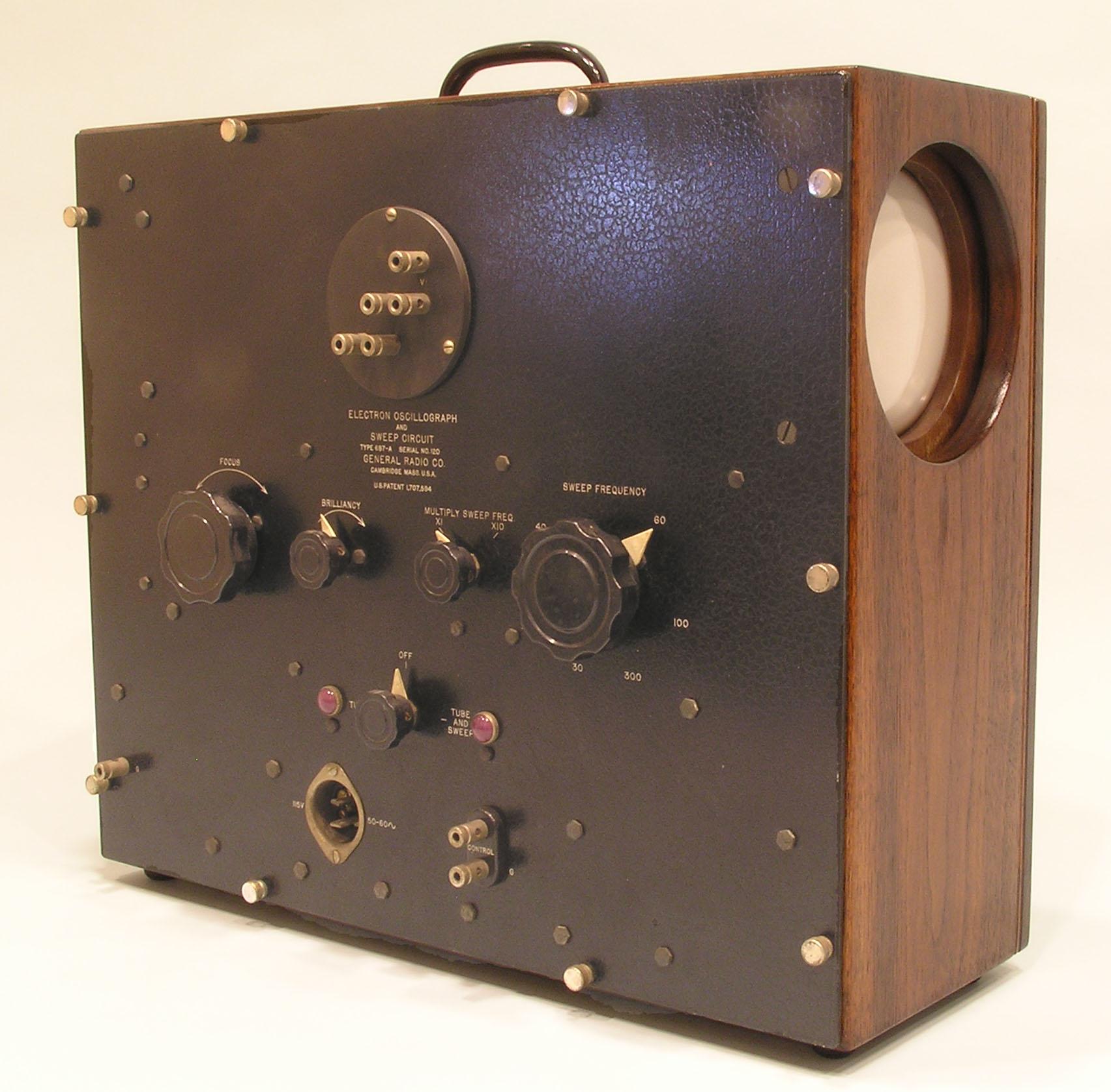 Type 687 Oscilloscope
